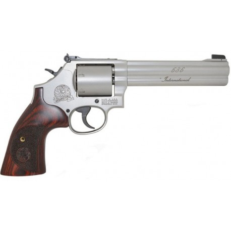 Revólver Smith & Wesson 686 International