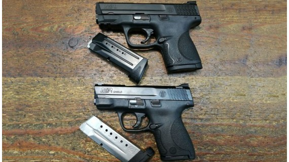 Smith & Wesson M&P Shield vs M&P Compact. Duelo fraternal por la portabilidad.